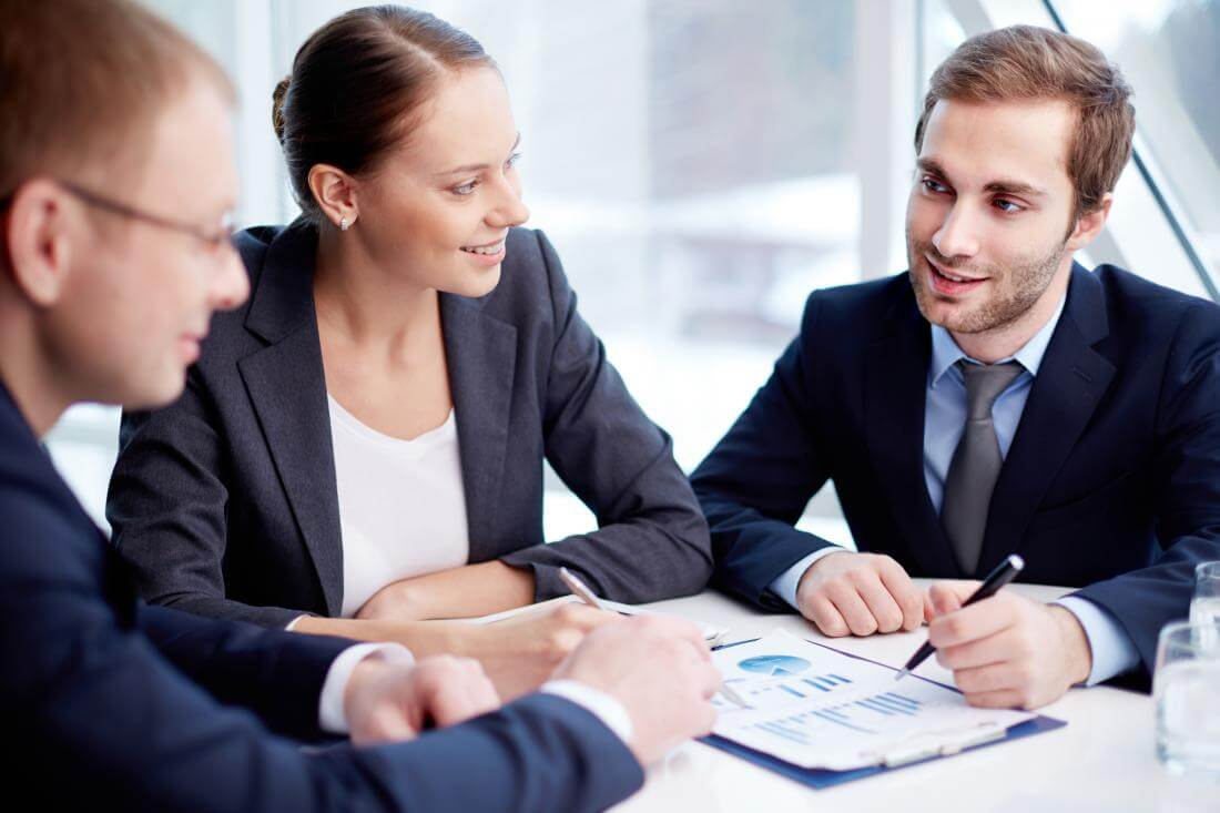 4 Resume Tips that Help to Get the CEO Job